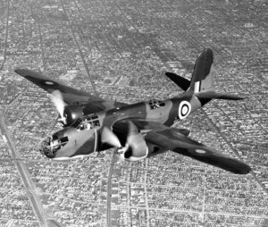 Un Douglas A-20 Boston in volo di prova nei cieli della California prima del trasferimento in Gran Bretagna